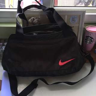 nike duffel gym bag