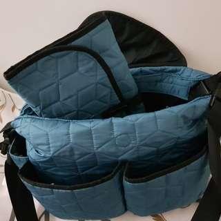 Akarana baby sling bag