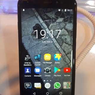 Blackberry Aurora Bisa Cicilan Kredit 3 Menit