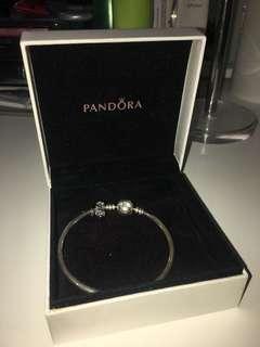 Pandora Exclusive Bangle