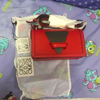 全新🛍 loewe barcelona small bag primary red