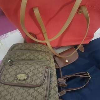 Shoulder bags/Backpack