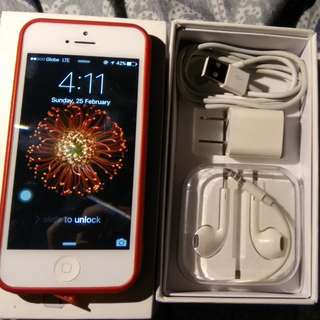iPhone 5g 32gb (FREE PORTABLE SPEAKER)