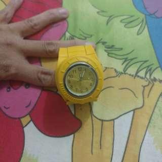 Jam tangan unik fashion