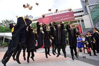 SP graduation gown singapore polytechnic convocation