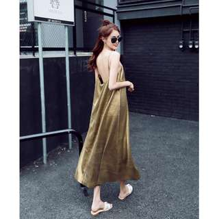 (BN) Gold Pleated Low Back Maxi Dress