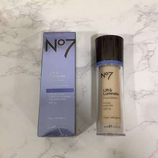 Lift & Luminate Foundation N 7