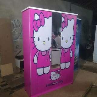 Lemari 3 pintu Hello kitty