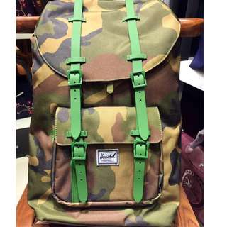 Herschel 23.5L (authentic)