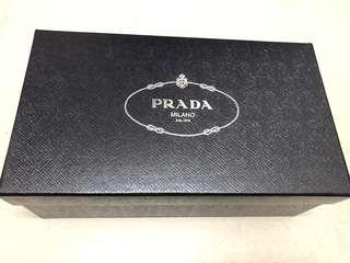 prada紙盒