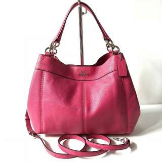 Coach Small Lexy Shoulder Bag in Pebble Leather(Magenta) sz 27-34x23x10