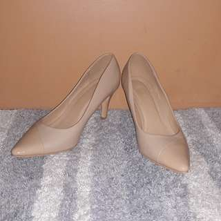 (Repriced) Parisian nude high heels