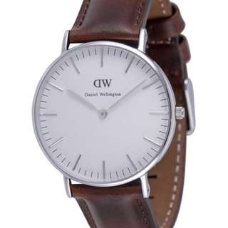 Classic Petite Bristol Leather Strap