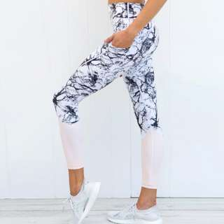 Aviana Pink Marble Pink Yoga / Running / Exercise Pants