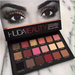 Huda Beauty Eyeshadow