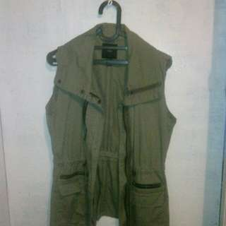 Forever 21 army vest