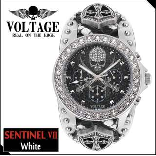 「日本代購」日本潮人必入 VOLTAGE 白色十字盾牌骷髏真皮手錶 男女通用
