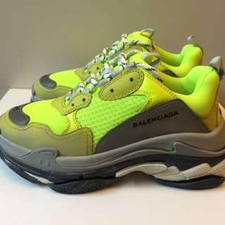 Balenciaga Triple S (Neon Yellow)