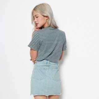 Basic stripe top in dark grey