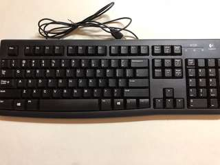 Logitech k120 usb keyboard black