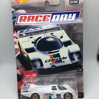 HotWheels 2017 Car Culture Race Day Porsche 962