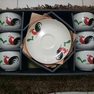 Set Cangkir mangkok ayam