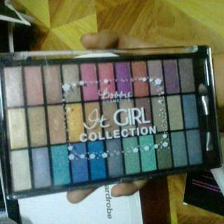 Bobbie Cosmetics It Girl Collection Eyeshadow Palette