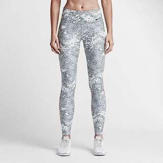 BNWT Nike Women's Dri-FIT Legend Long Tights (Size M)