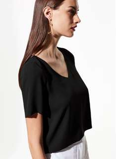 Aritzia - Babaton Randy Blouse, Black, Small