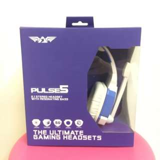 BNIB Pulse 5 gaming headsets