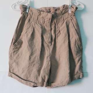 WITCHERY - SIZE 6 Women's Beige Shorts