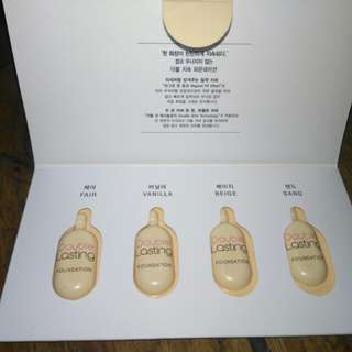 Double lasting foundation trial kit