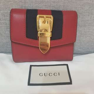 Gucci 90%new今季新款短銀包