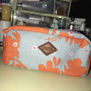 OILILY cosmetic pouch / Pencil case