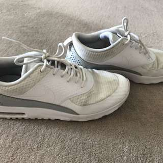 FREE SHIP Nike air max Thea white silver size 8 39
