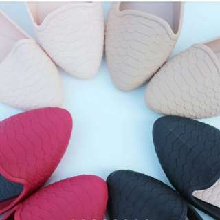 Jelly shoes motif