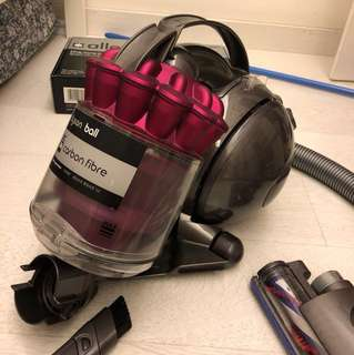 Dyson DC36 Vacuum *Bagless*