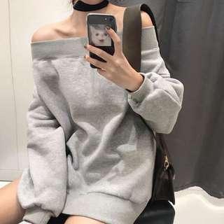 Oversized off shoulder sweater top