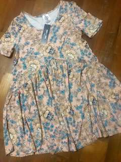 Bnwt A&D floral muse in XXS