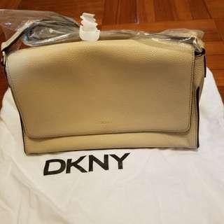 DKNY 側孭手袋   杏色/ 真皮, 有塵袋