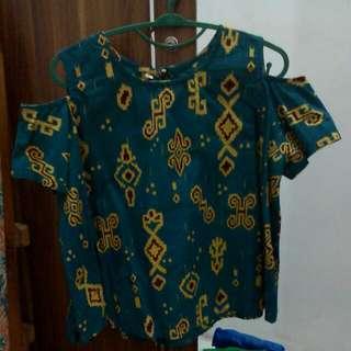 Batik crop hijau