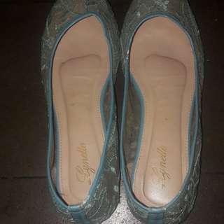 Flat shoes lace