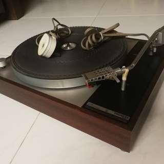Turntable Thorens TD 150 MK1 legendary LP record player