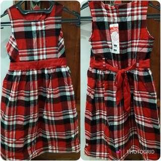 Dress flanel cantik dengan puring didalamnya size 7-8 thn