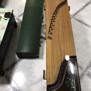 Chinese zither (Guzheng)