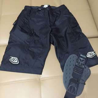 Moto riding shorts. Size 32