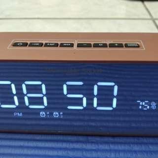 🚚 多功能-質感電子鬧鐘(藍牙音響)