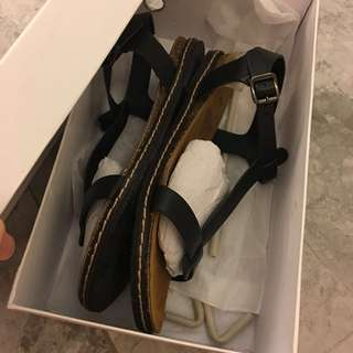 Almost brand new Clarks comfortable leather sandals from Spain