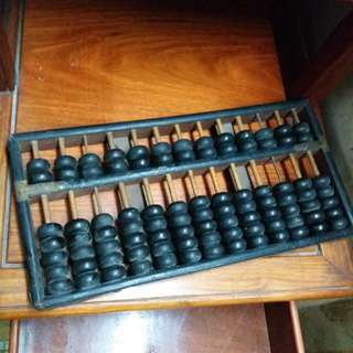 老舊實木算盤
