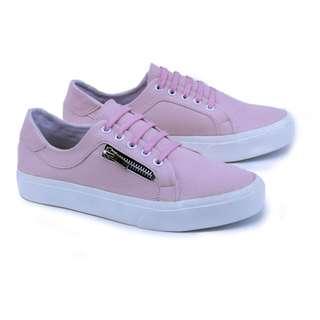 Sepatu Sneaker Kasual Wanita - GTD 6567